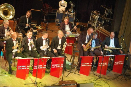 5249036-prerov-academic-jazz-band_denik-1024