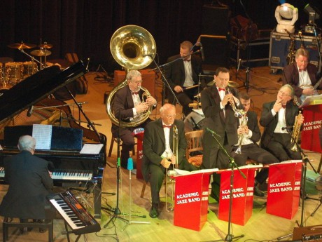 5249037-prerov-academic-jazz-band_denik-1024